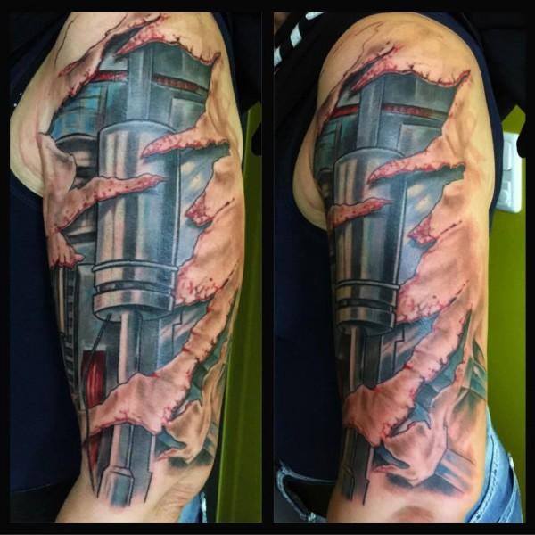 Tattoo-Terminatorarm