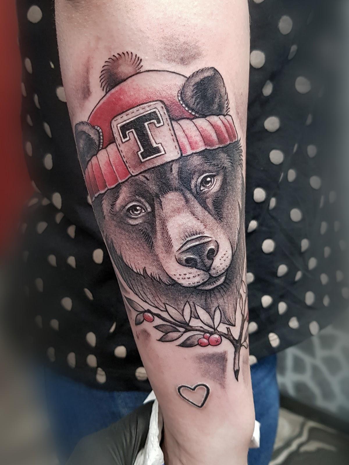 Tattoo-Baer
